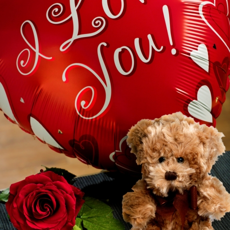 I Love You and Teddy Bear Gift Set