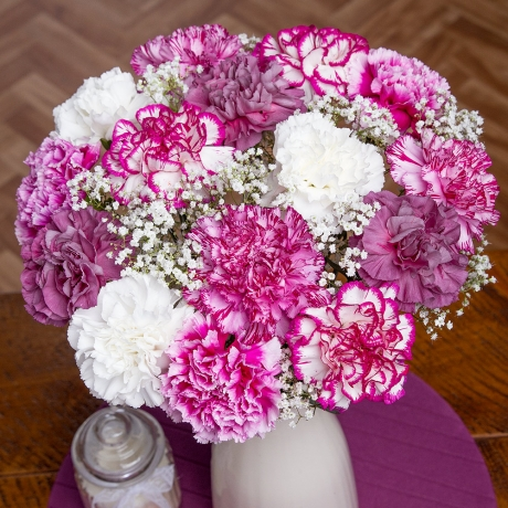 PRODUCT FLOWERS Damson Delight XL image
