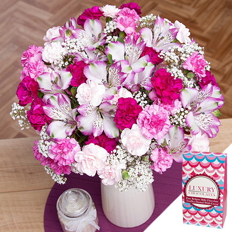 PRODUCT FLOWERS Flowers and Chocolates Gift image