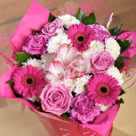 PRODUCT FLOWERS Simply Pink Gift Bag image
