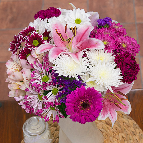 PRODUCT FLOWERS Sweetheart Bouquet image