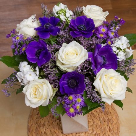 PRODUCT FLOWERS Serenity image