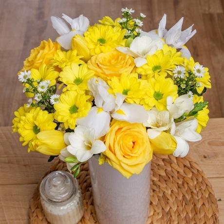 PRODUCT FLOWERS Spring Sunshine image